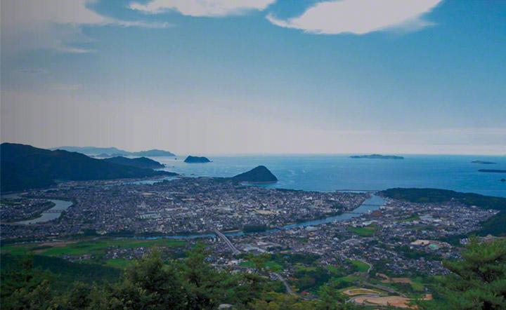 萩城下町全景。
