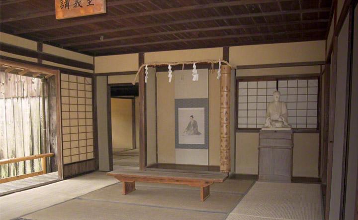 松下村塾内の部屋。