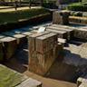 集成館の反射炉跡。1857年に建設された2番目の反射炉の下部構造であり、伝統的な日本の石工技術が使われています。鉄製大砲の製造を目指して建設されましたが実際は銅の鋳造に使われました。建設当初は高さ15メートルありました。